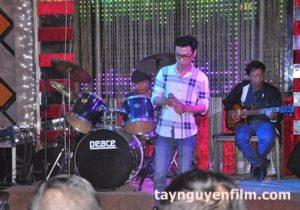 khoá học hát karaoke