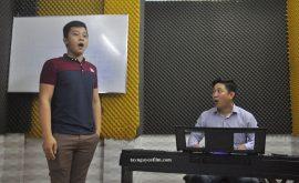 cách hát karaoke hay và tự tin nhất